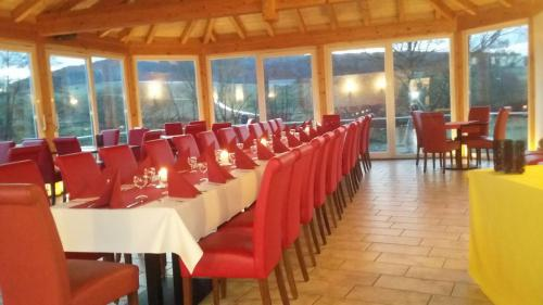 Cafe Kaiser Restaurant Partyservice Catering Altenvers (1)